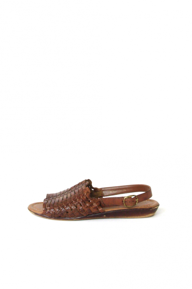 f4b2aff9aec86 Vintage 80 s brown leather huarache sandals
