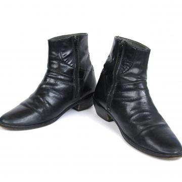 80's black leather chelsea boots, beatle ankle boots, men's size 7.5