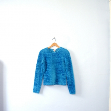 Vintage 90's bright blue fuzzy / fury texture sweater, long sleeves, size small