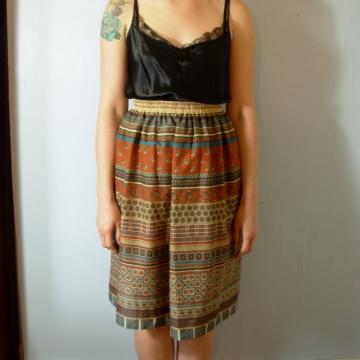 Vintage 80's southwestern tribal skirt, hippie / boho summer skirt, size 10 medium