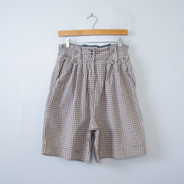 80's distressed plaid high waisted pleated shorts, women's size medium