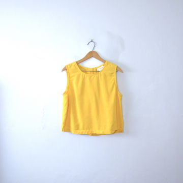 Vintage 80's cropped yellow sleeveless blouse with buttons in back, size medium