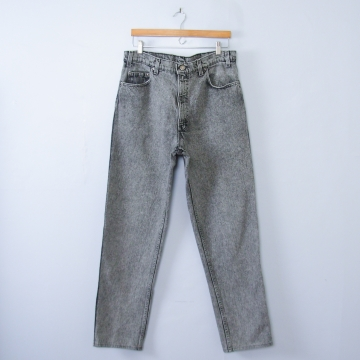 Vintage 90's Levi's 540 black acid wash straight leg jeans, men's size 36
