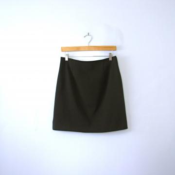 Vintage 90's black mini skirt, women's size 6