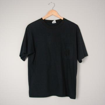 80's plain black tee shirt with pocket, size large