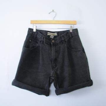 Vintage 90's black pleated denim shorts, men's size 36