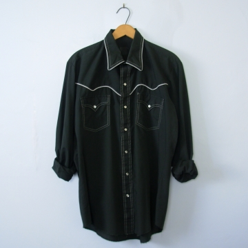 80's black western shirt with pearl snap buttons, men's medium