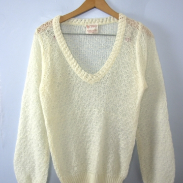 Vintage 70's off white knit sweater, women's size medium / small