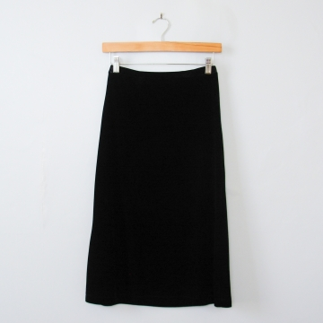 90's GAP midi black velvet skirt, women's small