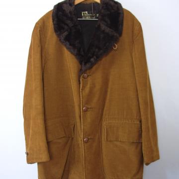 Vintage 70's golden brown corduroy rancher's coat, men's size 42 / large