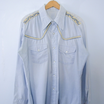 Vintage 70's chambray denim western shirt with pearl snap buttons, men's size medium