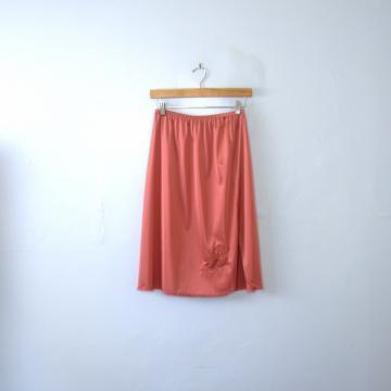 Vintage 70's desert rose silky slip skirt with lace trim and side slit, size medium