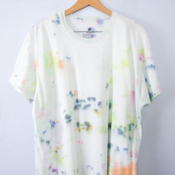 Vintage 90's white tied dye shirt, men's size XL