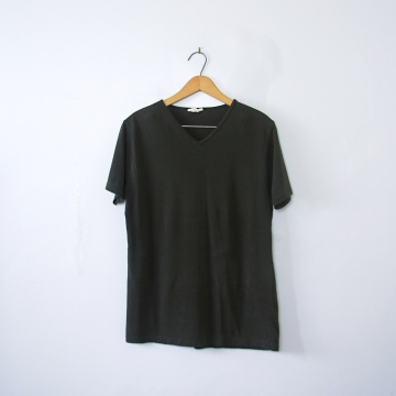 Vintage 90's distressed plain black tee shirt, women's size medium