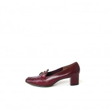 Vintage 70's burgundy leather loafer pumps, women's size 9