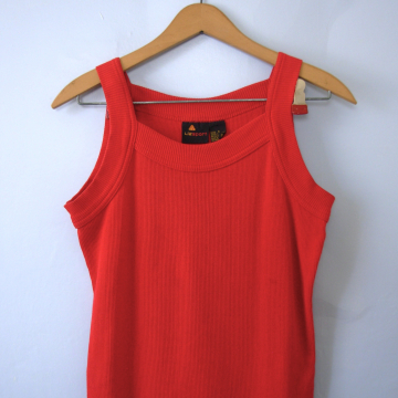 Vintage 90's red cropped tank top, women's size small