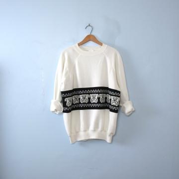 Vintage 80's white bulldog oversized sweatshirt, men's size XL