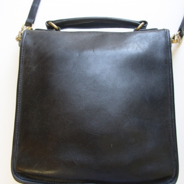 Vintage 90's Coach Station bag black leather crossbody purse