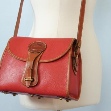 80's Dooney and Bourke medium Essex red crossbody purse