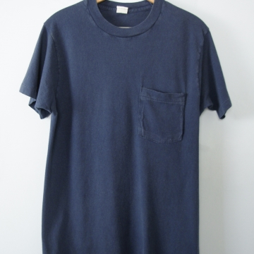 Vintage 80's plain navy blue tee shirt with pocket, men's size small