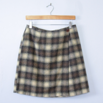 90's plaid wool mini skirt, women's medium / 6