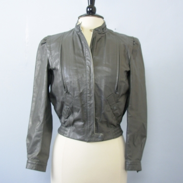 70's grey leather cropped jacket, women's medium / small