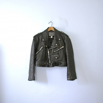 Vintage 80's cropped black leather motorcycle jacket, women's size large / medium