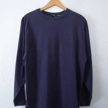 Vintage 90's plain navy blue long sleeved tee shirt with pocket, men's size medium