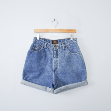 Vintage 80's acid wash blue denim shorts, women's size 10