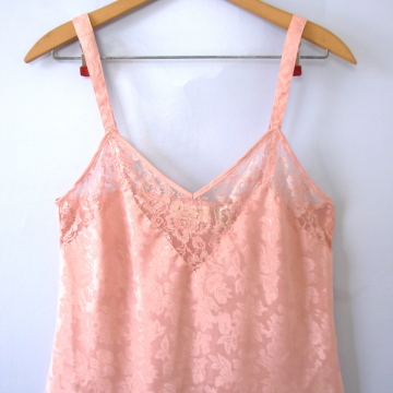Vintage 90's Victoria's Secret rose pink camisole, women's size medium