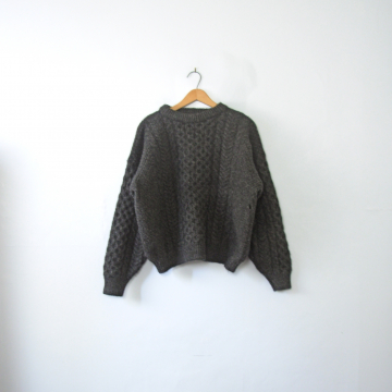 Vintage 80's dark charcoal grey chunky cable knit wool sweater, size large