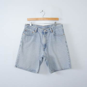 Vintage 90's Levis 550 light blue denim shorts, men's size 36 / 34
