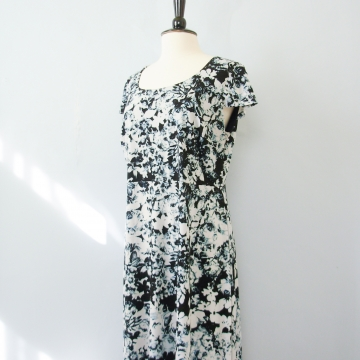 Y2K black and white cyber floral dress, women's size XL