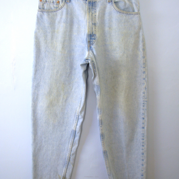 Vintage 80's Levi's 550 jeans, distressed light denim boyfriend jeans, men's size 36