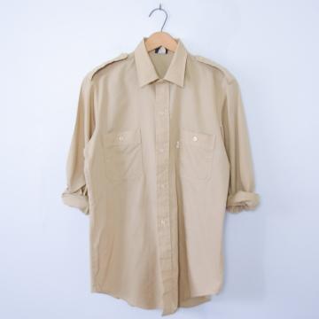 Vintage 80's Levi's khaki brown button up military shirt, men's size medium