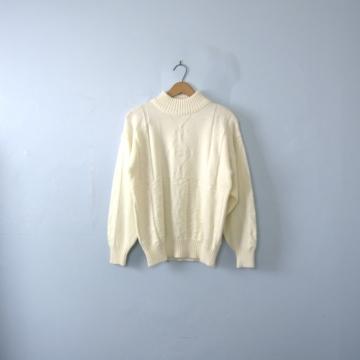 Vintage 80's off white wool sweater, oversized sweater, women's size medium