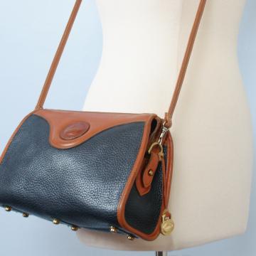 80's distressed Dooney and Bourke navy classic top zip crossbody purse