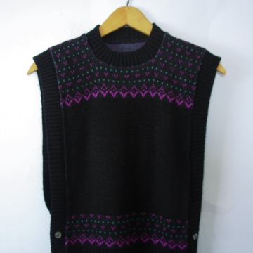 Vintage 80's black sweater vest, women's size medium