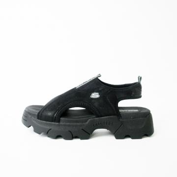 Vintage Y2K Skechers black platform sandals, women's size 9