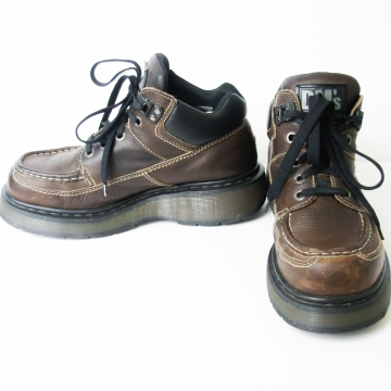 Vintage 90's Dr Martens DM brown leather chunky platform boots, men's size 9