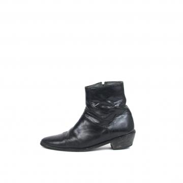 Vintage 80's black leather chelsea boots, beatle ankle boots, men's size 7.5