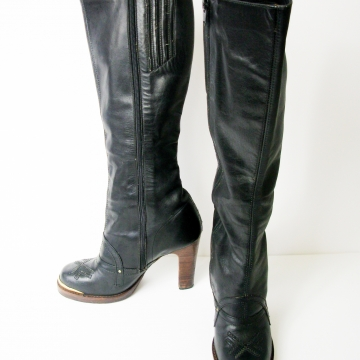 Vintage 70's black leather platform knee high boots with stacked heel, women's size 7.5