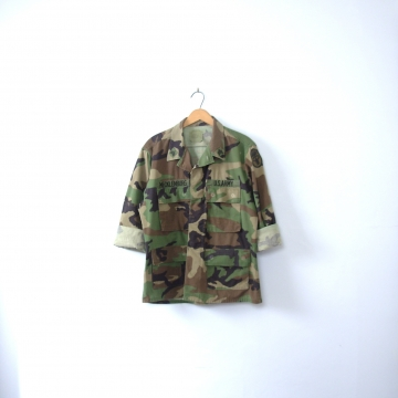 Vintage 90's camo jacket, army jacket, military camouflage fatigues, camo shirt, size medium - short