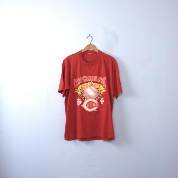 Vintage 90's Cincinnati Reds graphic tee, National League baseball shirt, size XL