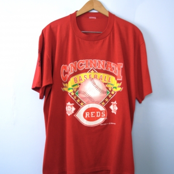 Vintage 90's Cincinnati Reds graphic tee, National League baseball shirt, size XL