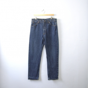Vintage 80's Levi's 505 jeans, dark blue denim straight leg jeans, men's size 36