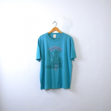 Vintage 90's blue graphic tee, King's Island Eiffel tower shirt, size XL